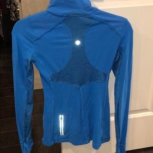 blue lululemon long sleeve